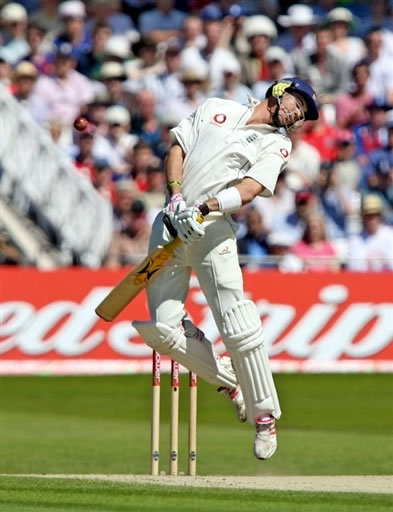 Pietersen avoids a bouncer