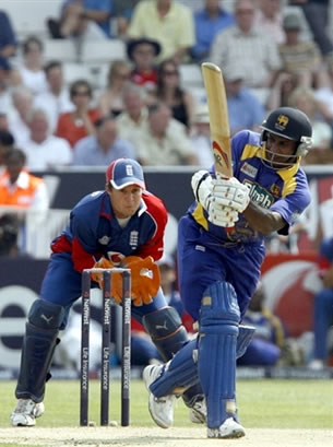 Jayasuriya hits a six